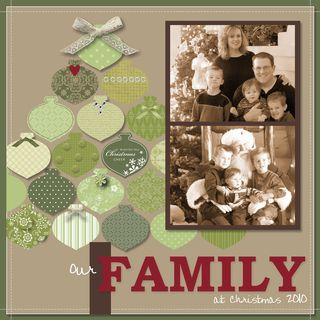 Family Christmas Tree 2010-002